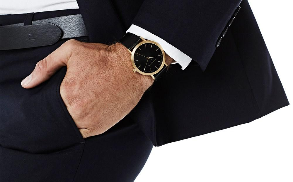 Ways To Pair Watches With Your Outfit